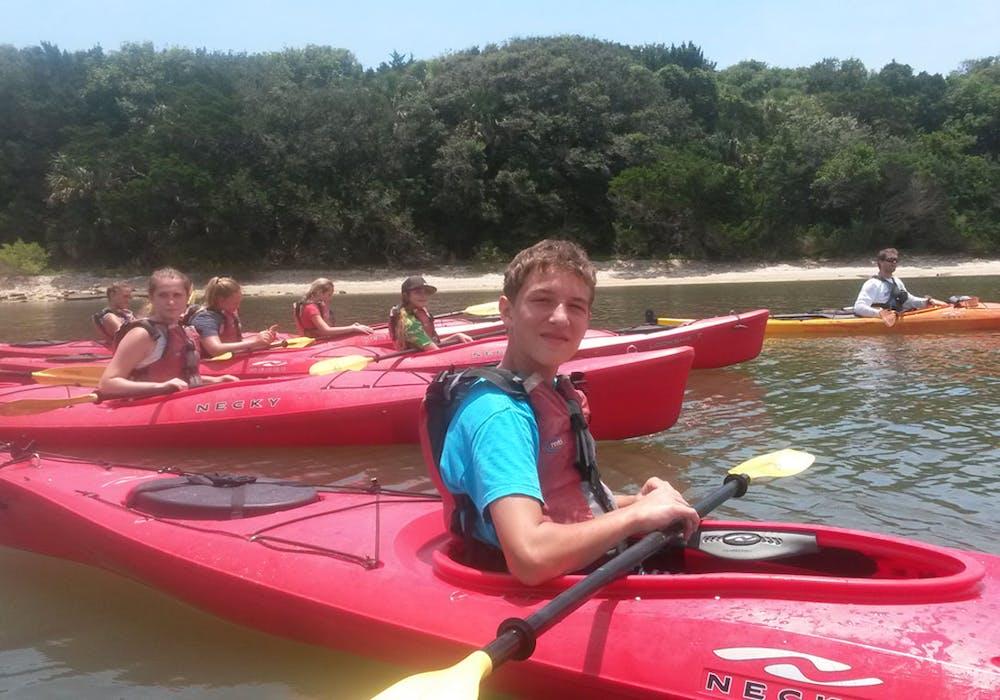 Kayak-Dolphin-Camp
