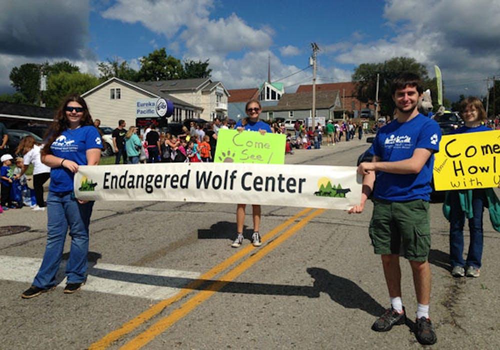wolf-camp-teen-voluteers